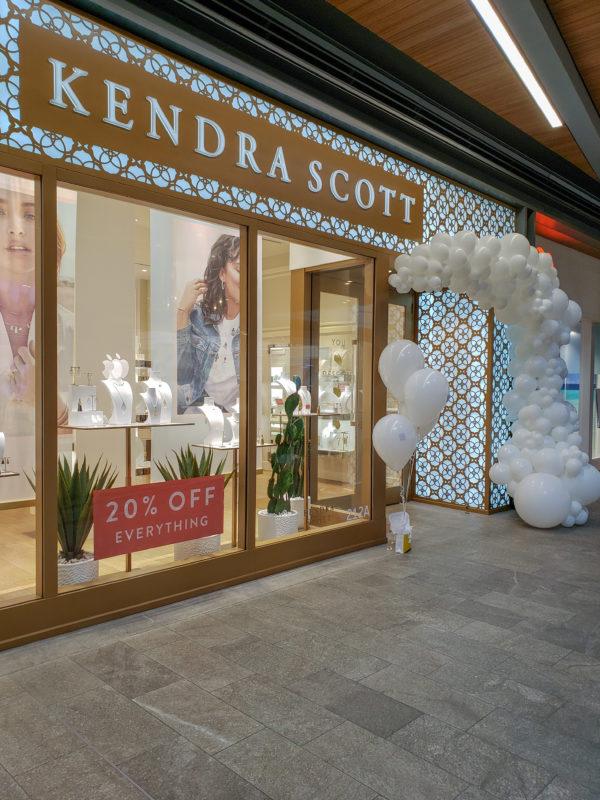 Snow Garland -veroballoon.com Decorations Miami