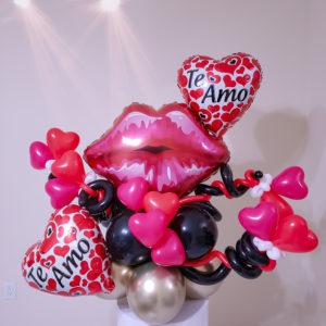 Kiss Me Bouquet veroballoon.com