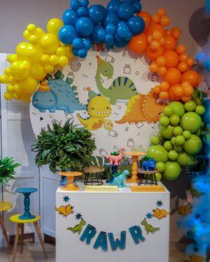 Multicolored Garland Balloon Decoration veroballoon.com